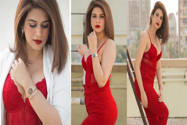 Actress Shraddha Das photo gallery