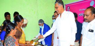 minister-hareeshrao-bhojana